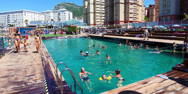 marinetek-floating-solutions-swimming-arena-gibraltar