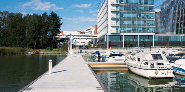 marinetek-products-pontoons-all-concrete