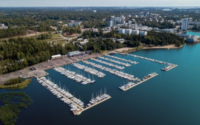 Kivenlahti Marina in Espoo, Finland has 560 berths and new Marinetek All-Concrete pontoons.